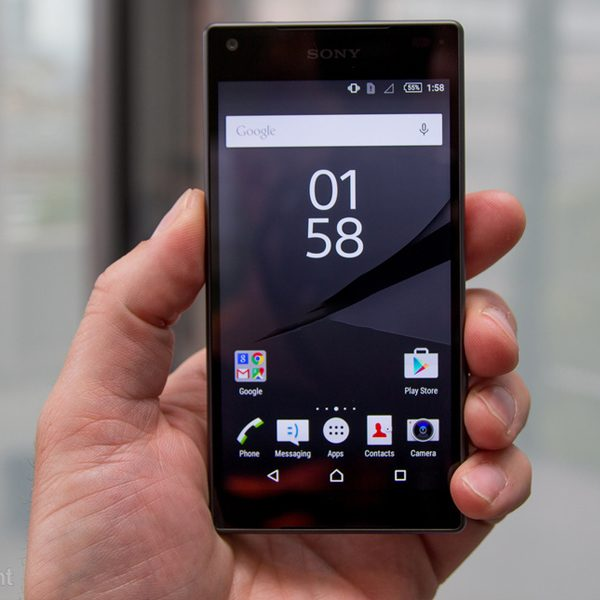 SOny Xperia Z5 compact 600